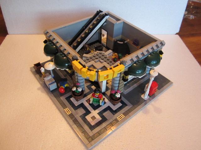 Lego 10211 p16