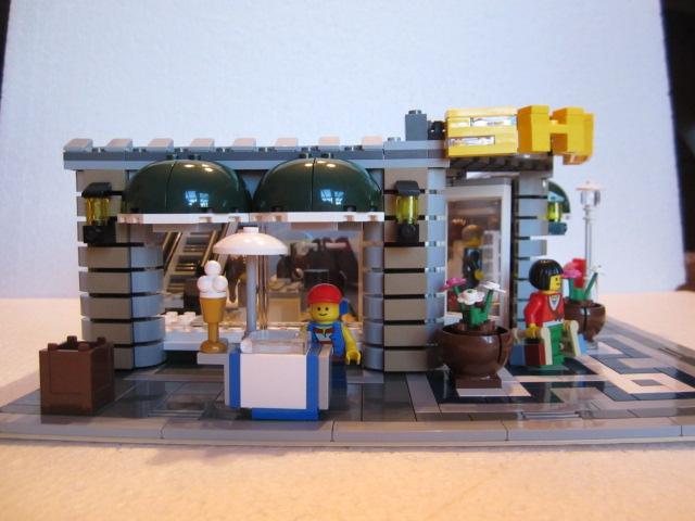 Lego 10211 p19