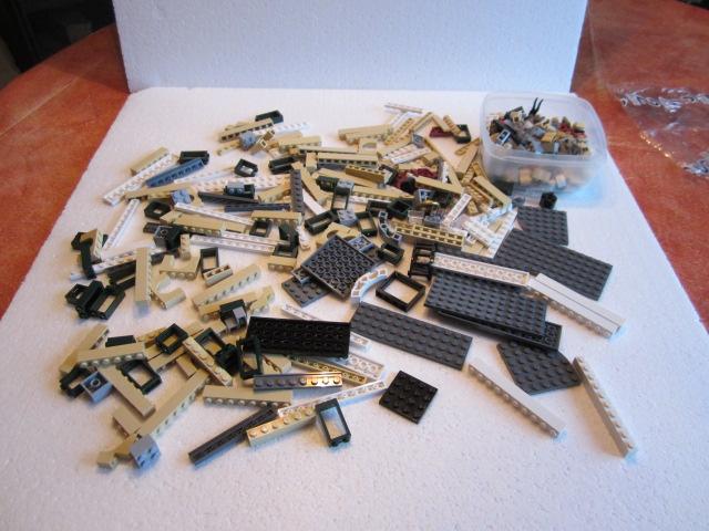 Lego 10211 p23