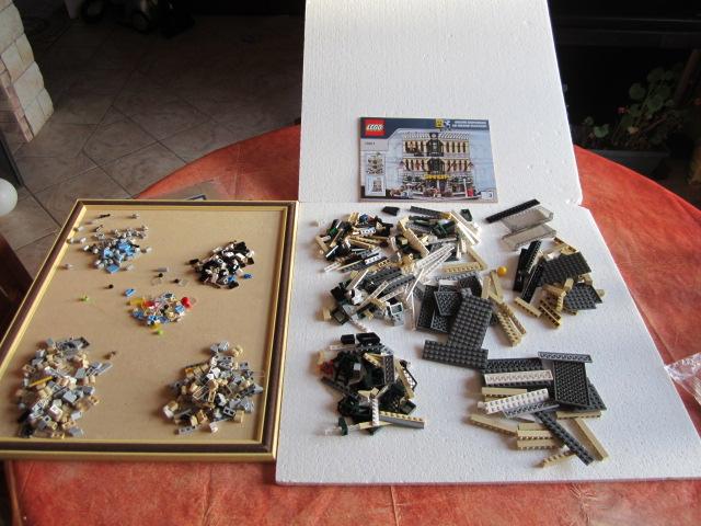 Lego 10211 p28