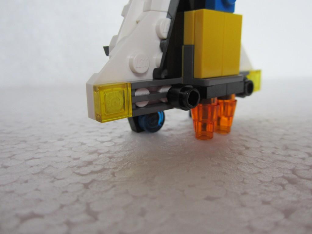 Lego creator 31001 p23