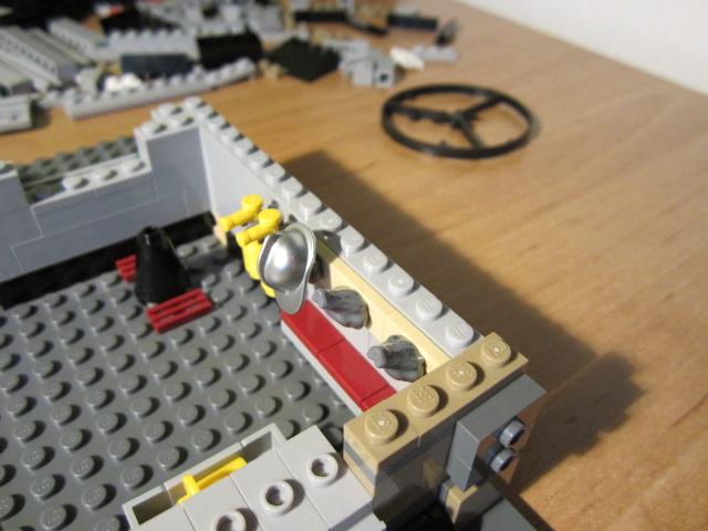 Lego 10197 p13