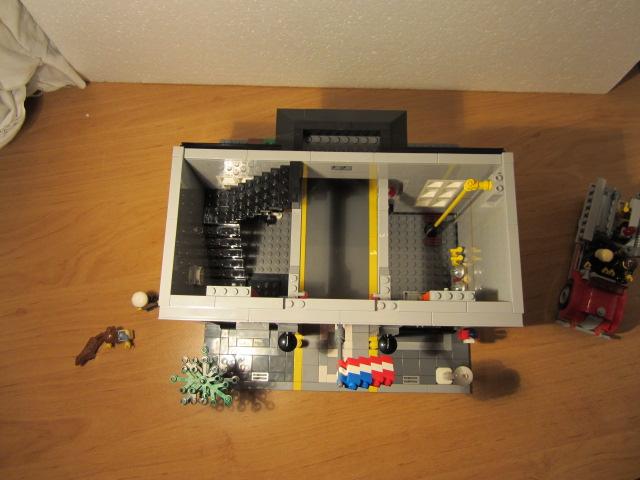 Lego 10197 p22