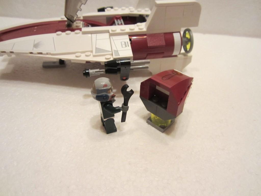 Lego Star Wars 75003 p20b