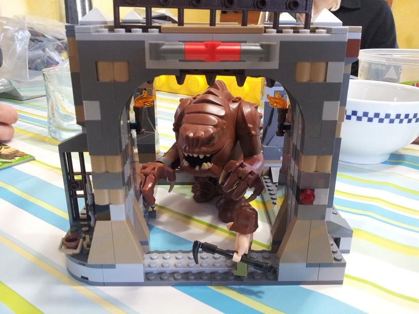 Lego Star Wars 75005 p9
