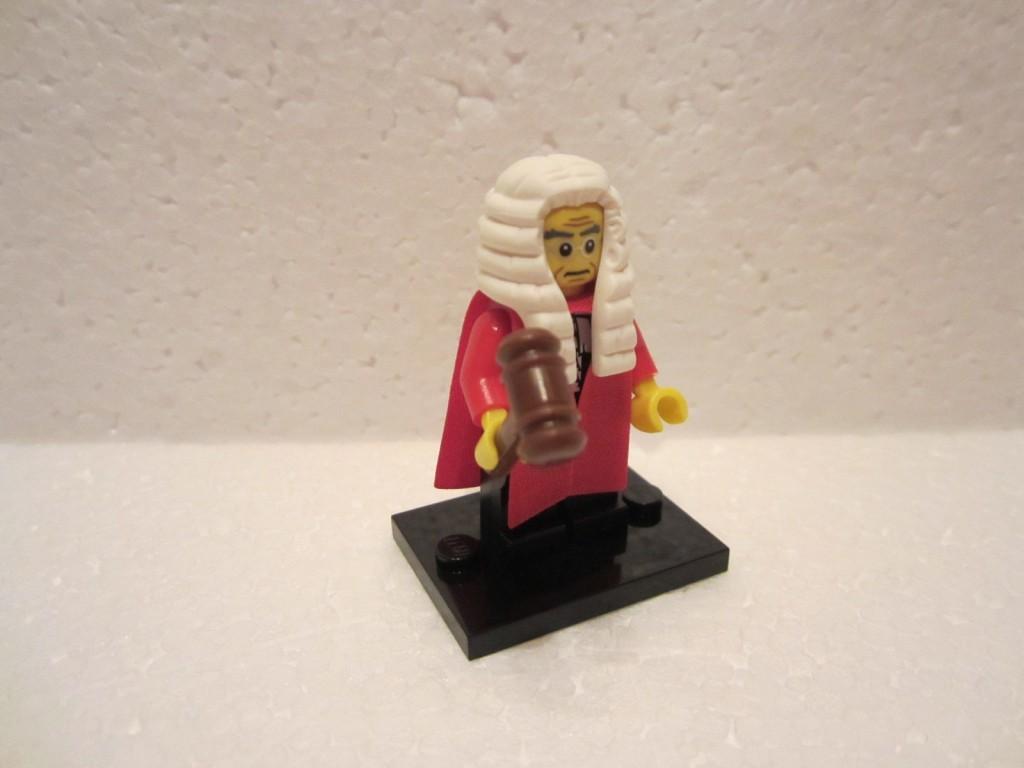 Minfig série 9 juge