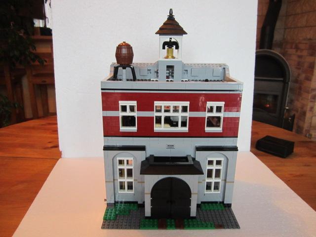 Lego 10197 part2 p23
