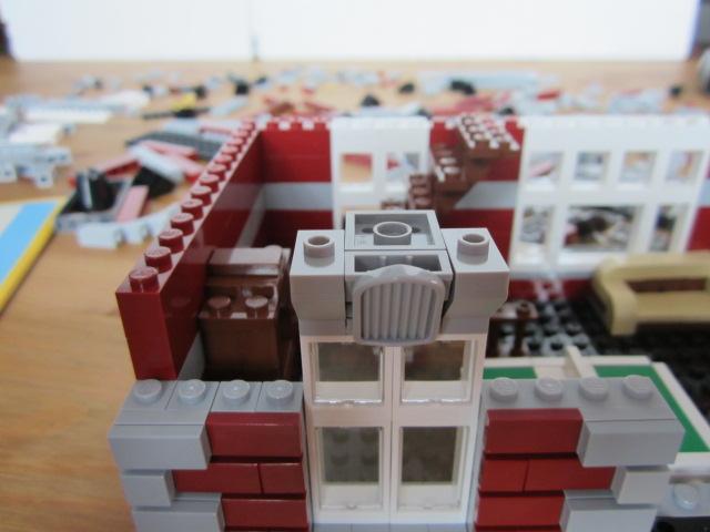Lego 10197 part2 p8