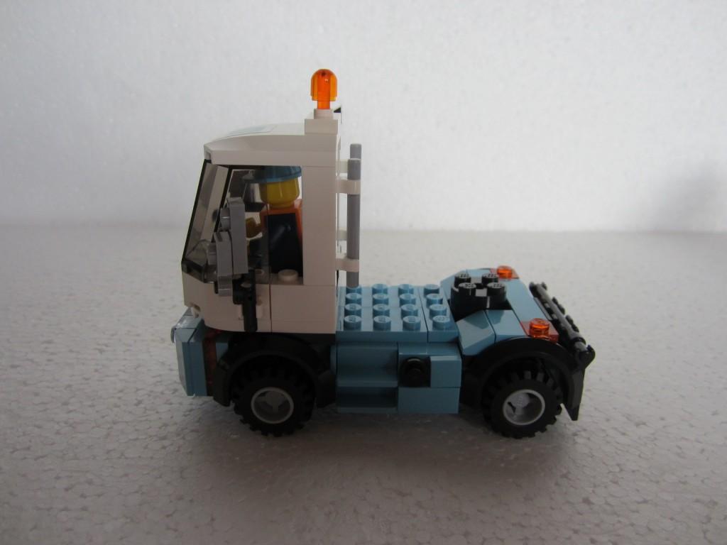 Lego 10219 part2 p9