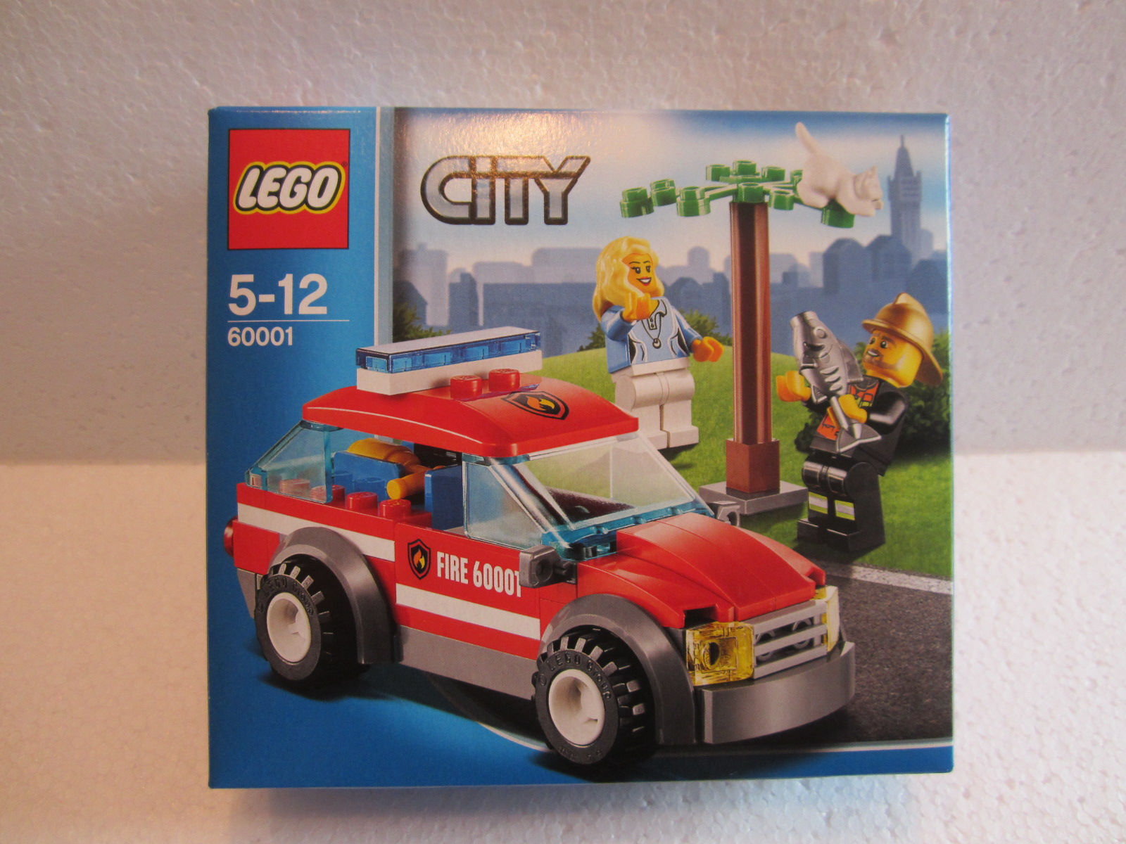 lego city 60001 la voiture du chef des pompiers lego r by alkinoos. Black Bedroom Furniture Sets. Home Design Ideas
