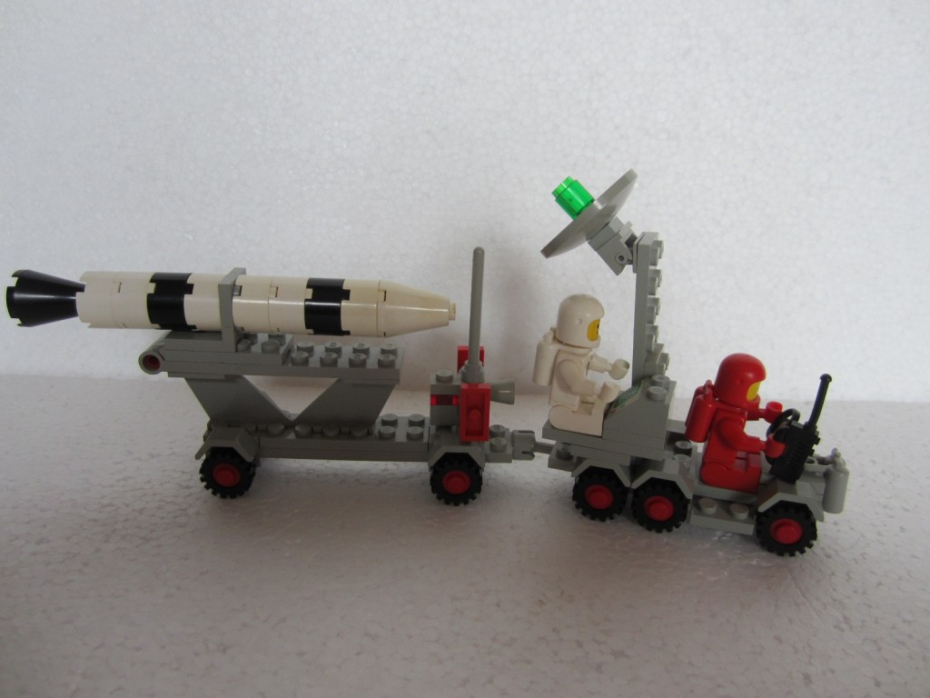 Lego space 897 p7