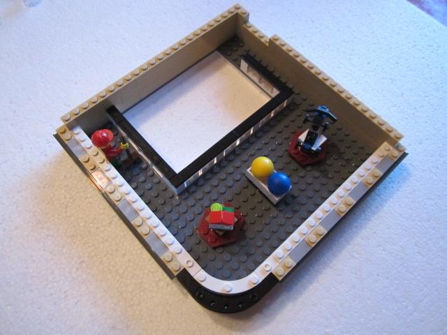 Lego 10211 p29