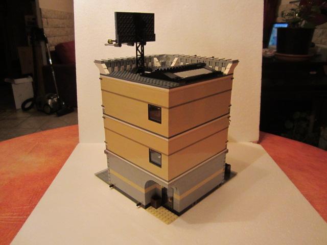 Lego 10211 p40