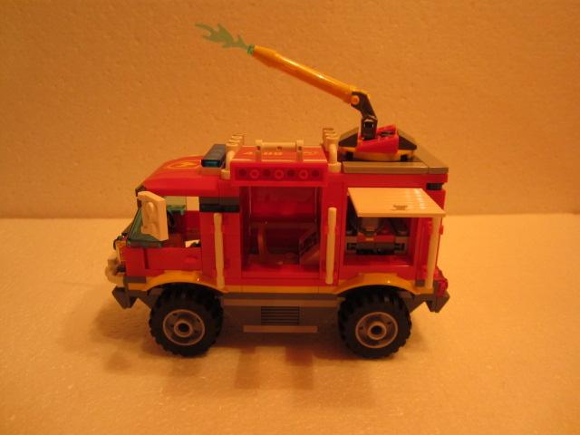 Lego City 4208 p11