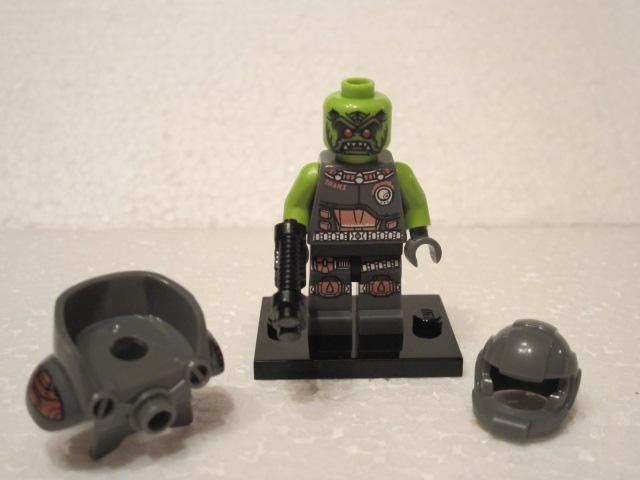 Minfig série 9 space ork 1