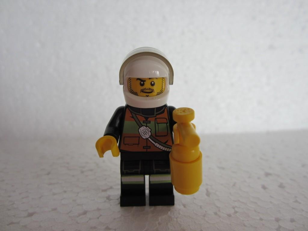 Lego city 60000 p4