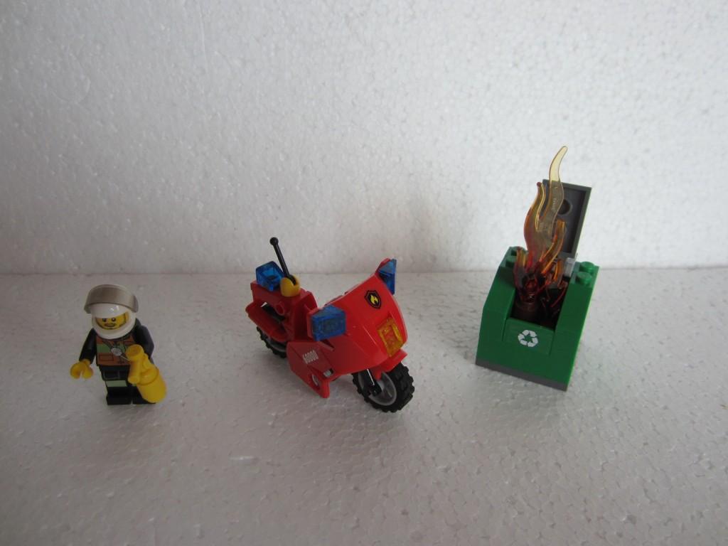 Lego city 60000 p6