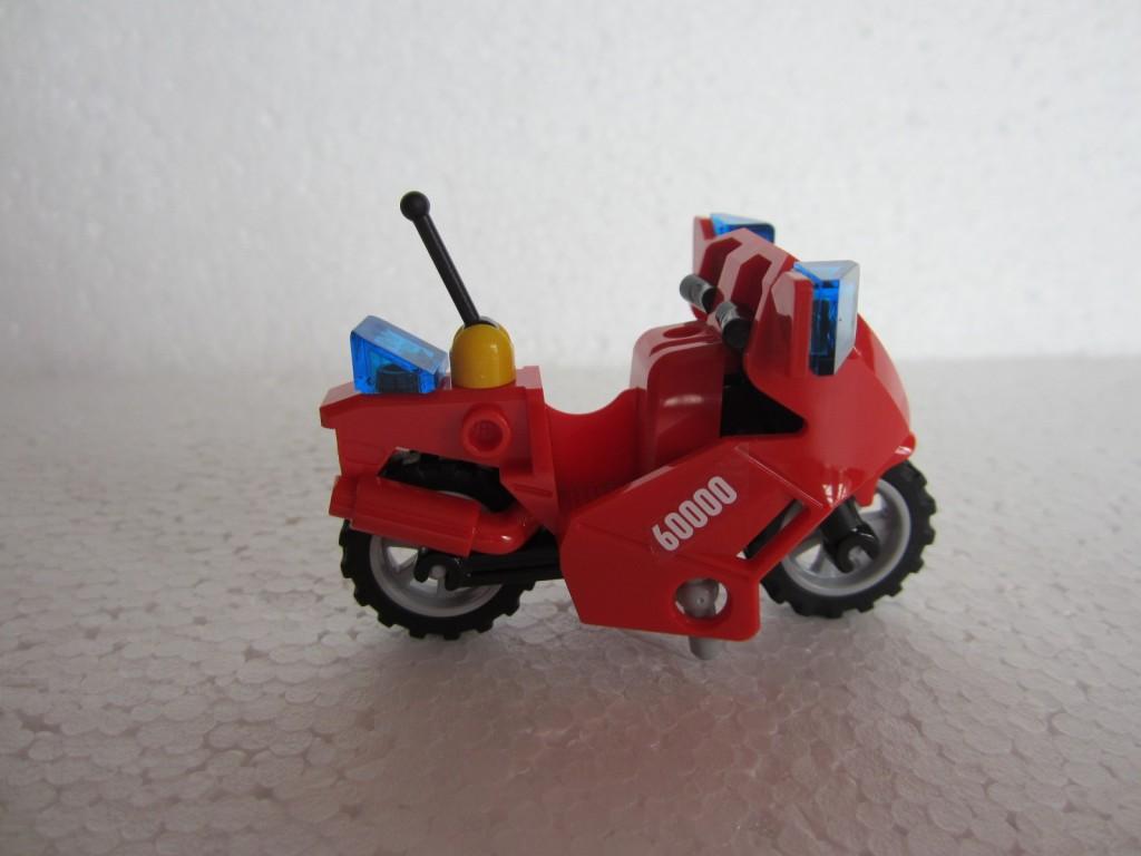 Lego city 60000 p8
