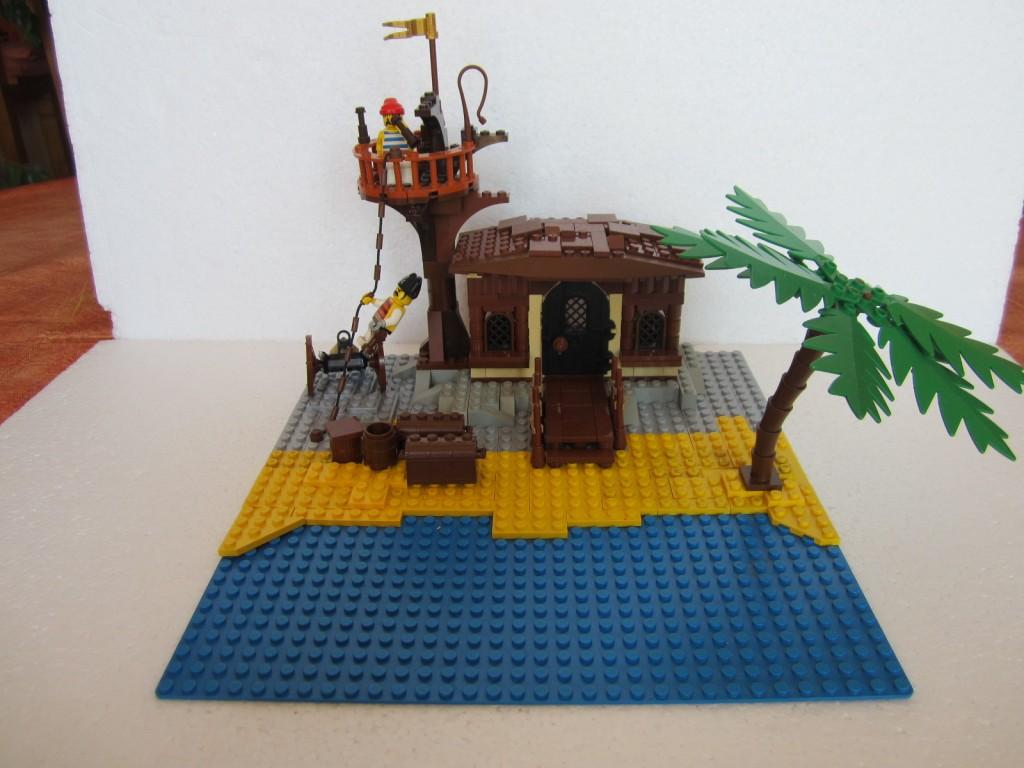 Moc Lego cabane pirate p1