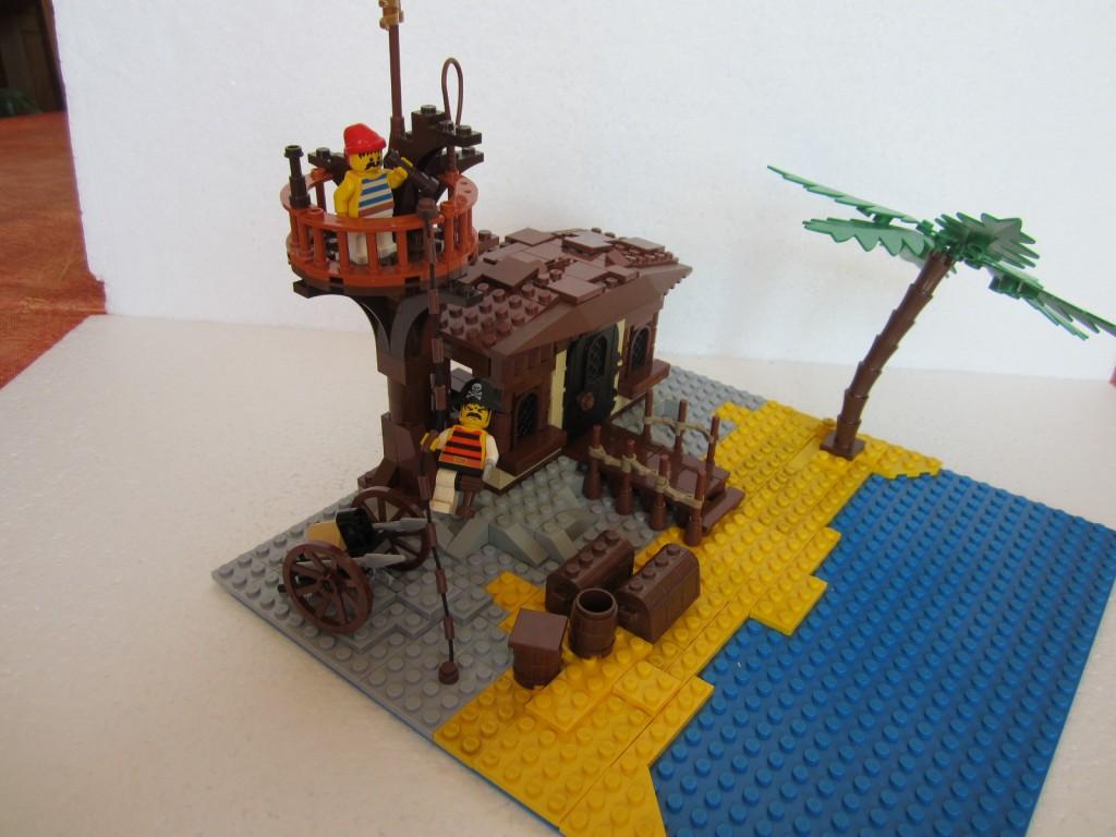 Moc Lego cabane pirate p3