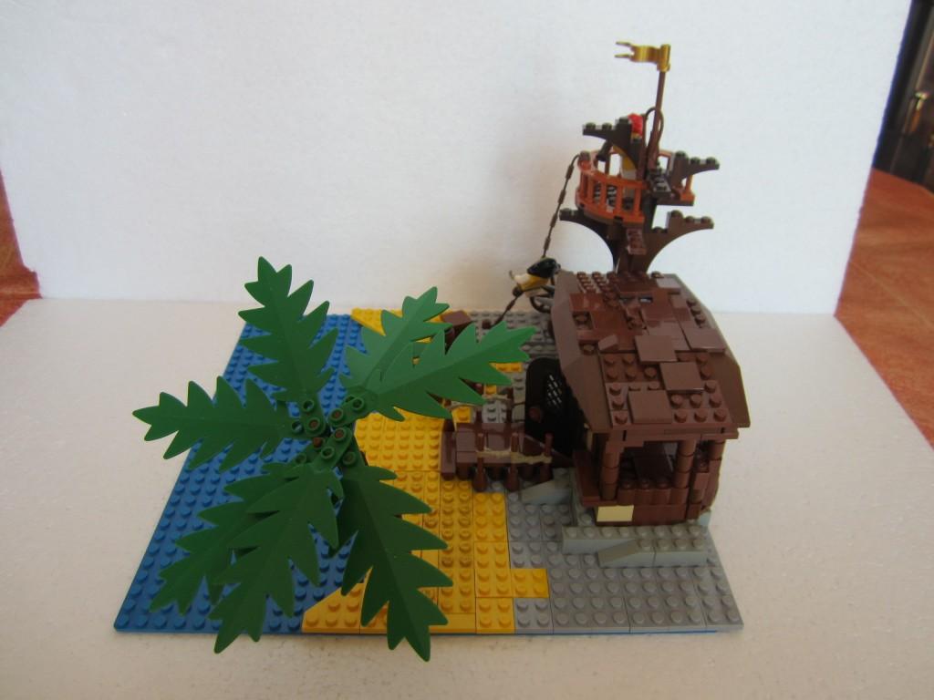 Moc Lego cabane pirate p6