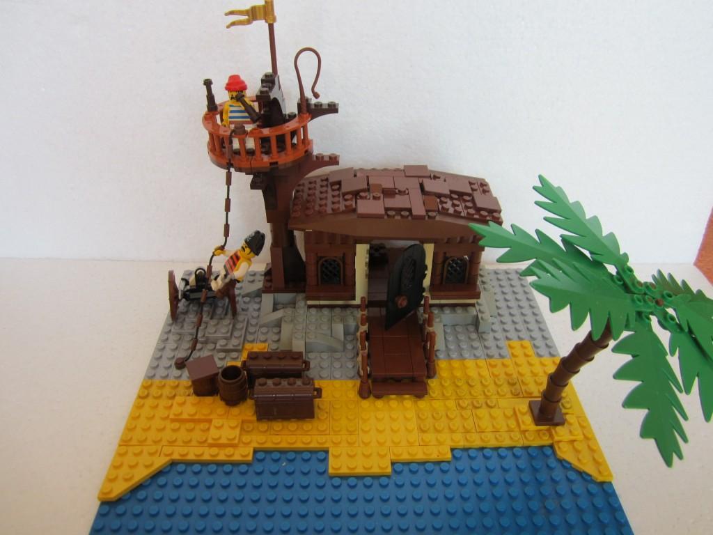 Moc Lego cabane pirate p7