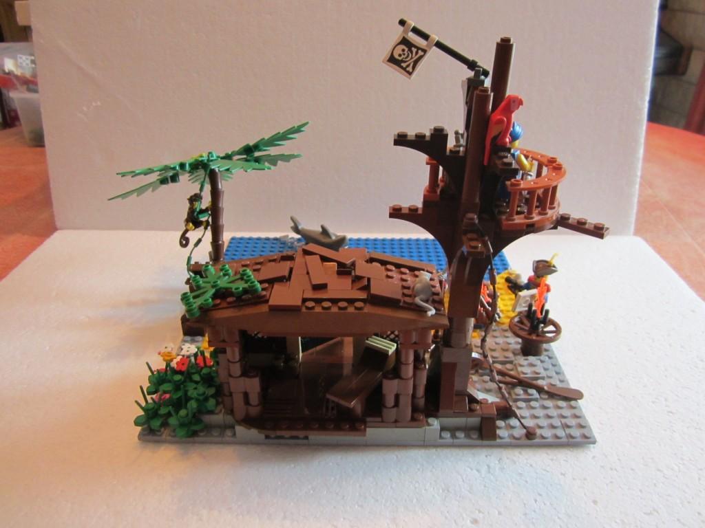 Moc Lego cabane pirates V2 p1