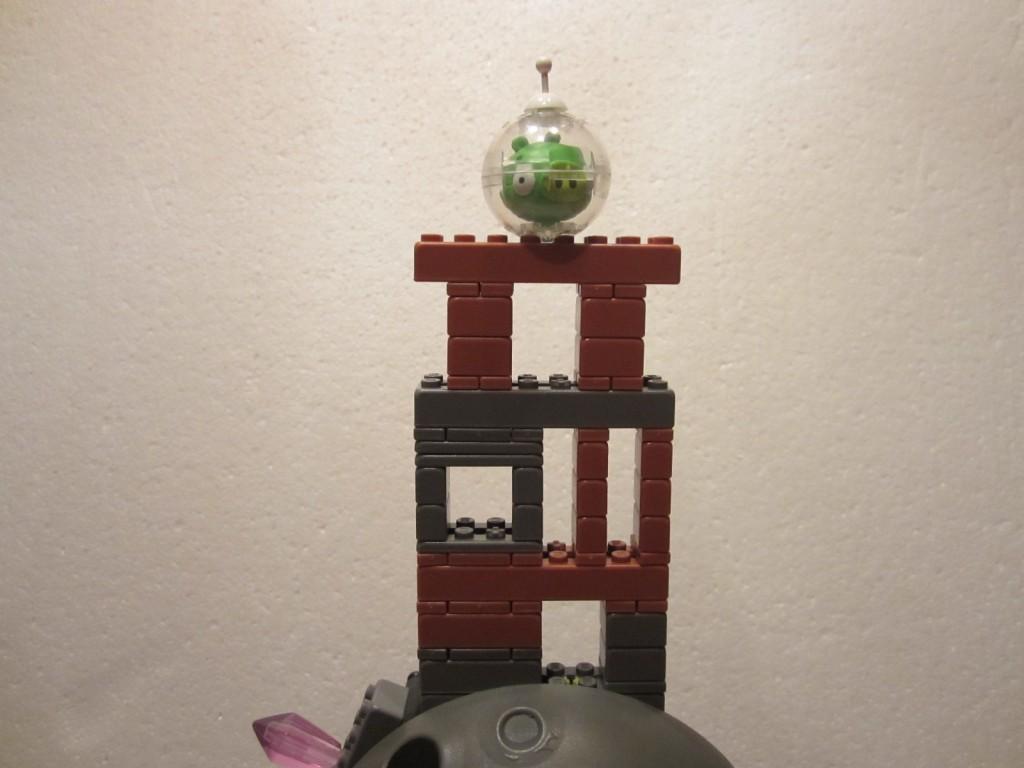 K-Nex Angry Birds Space p16b