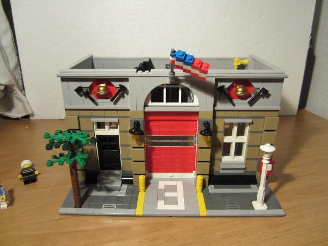 Lego 10197 p18