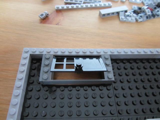 Lego 10197 part2 p12