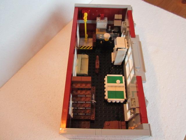 Lego 10197 part2 p21