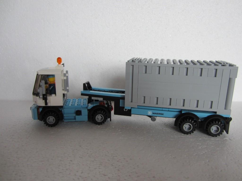 Lego 10219 part2 p11
