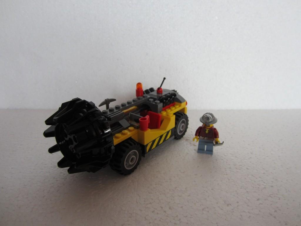 Lego city 4204 p13