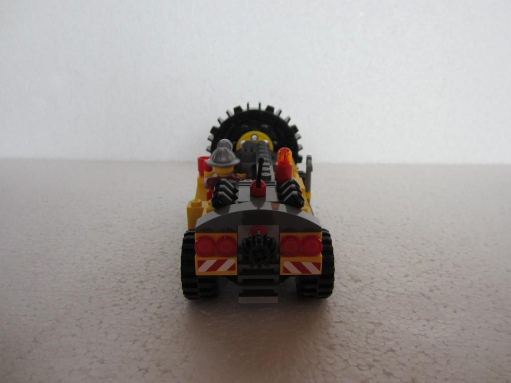 Lego city 4204 p15