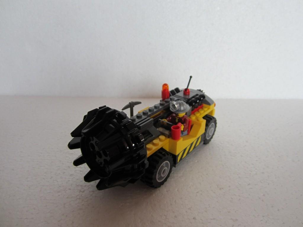 Lego city 4204 p16