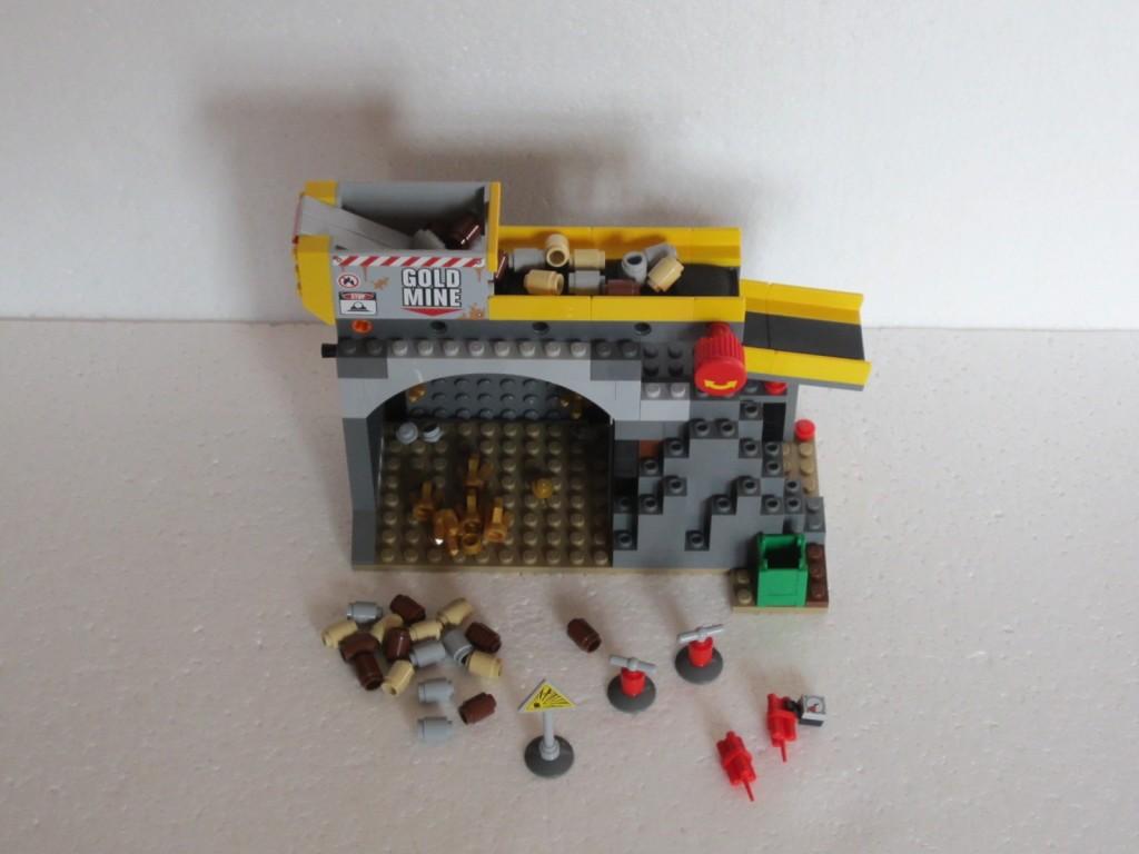 Lego city 4204 p19