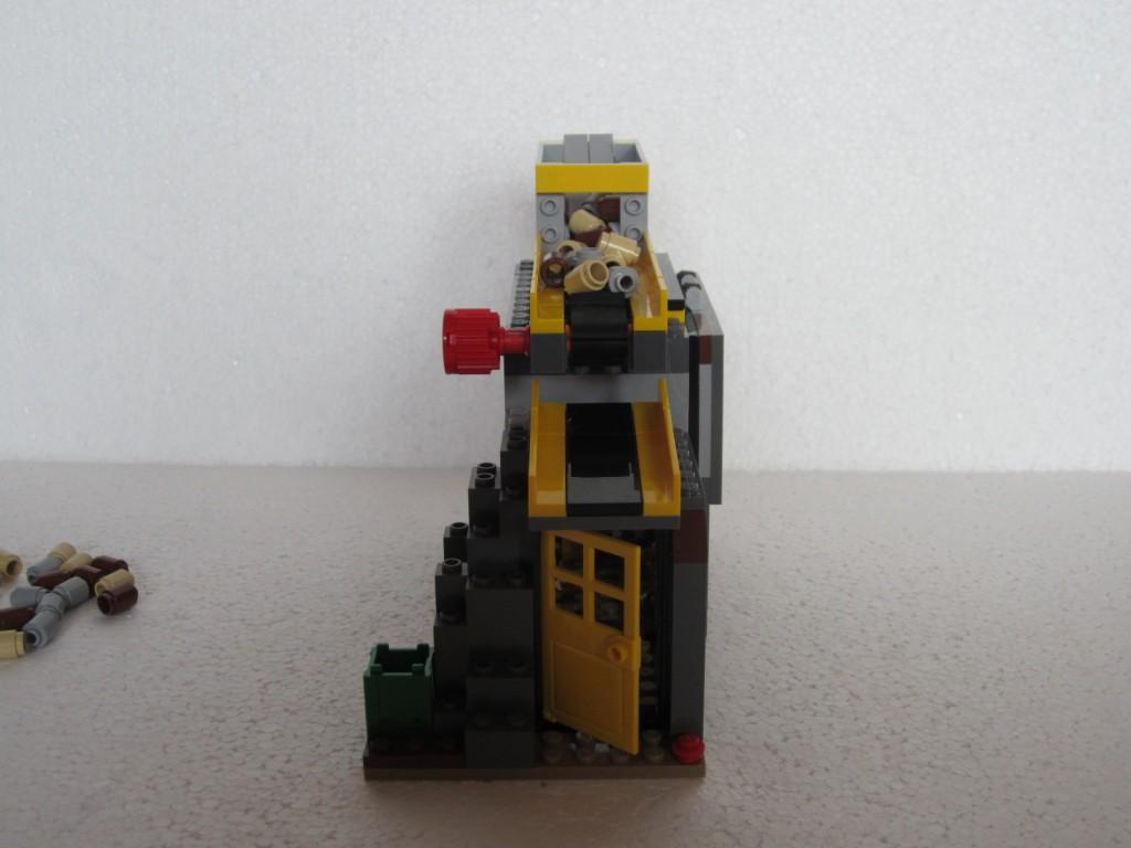 Lego city 4204 p20