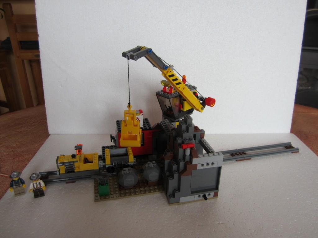 Lego city 4204 p22