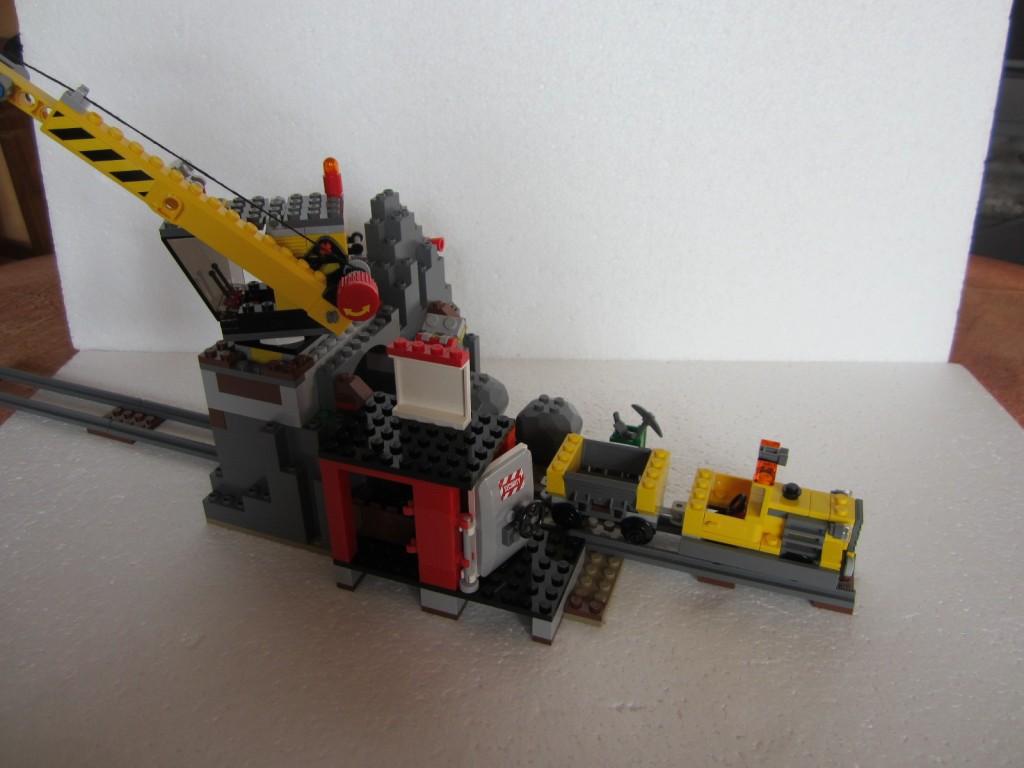 Lego city 4204 p24