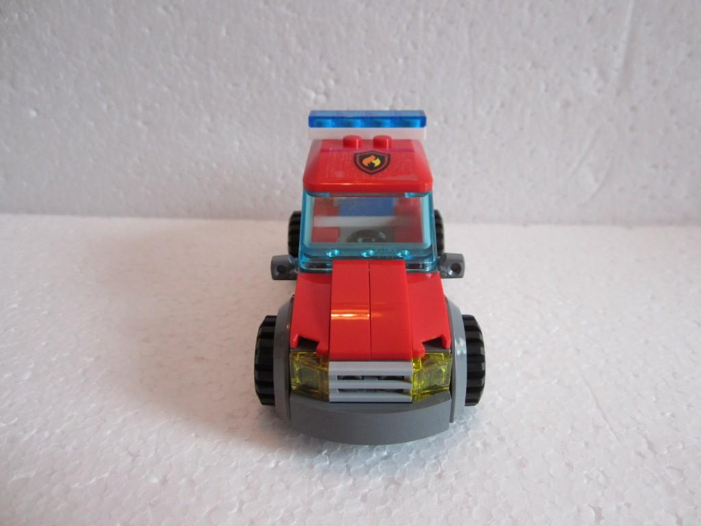 Lego city 60001 p13