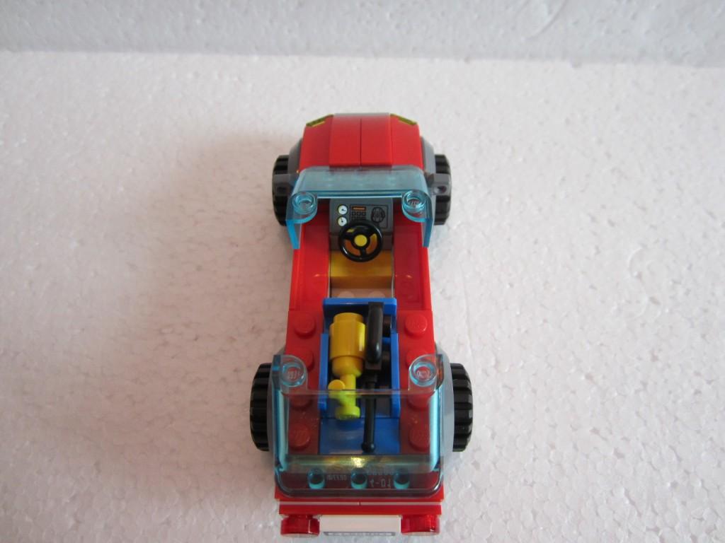 Lego city 60001 p16