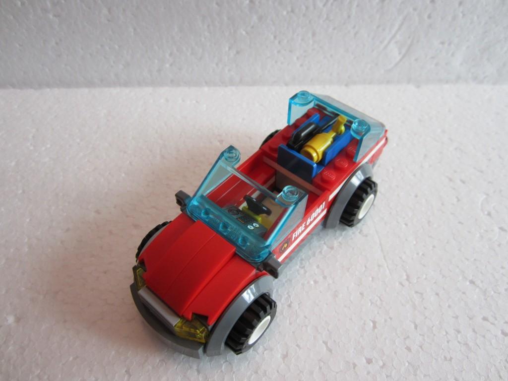 Lego city 60001 p17