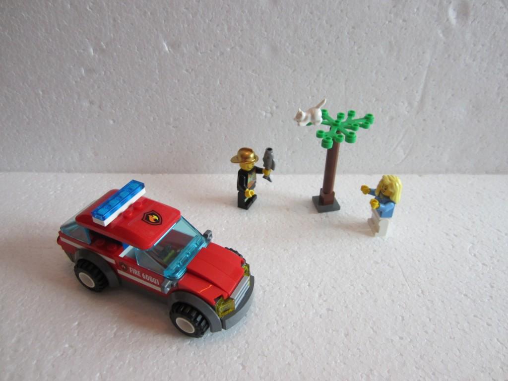 Lego city 60001 p5