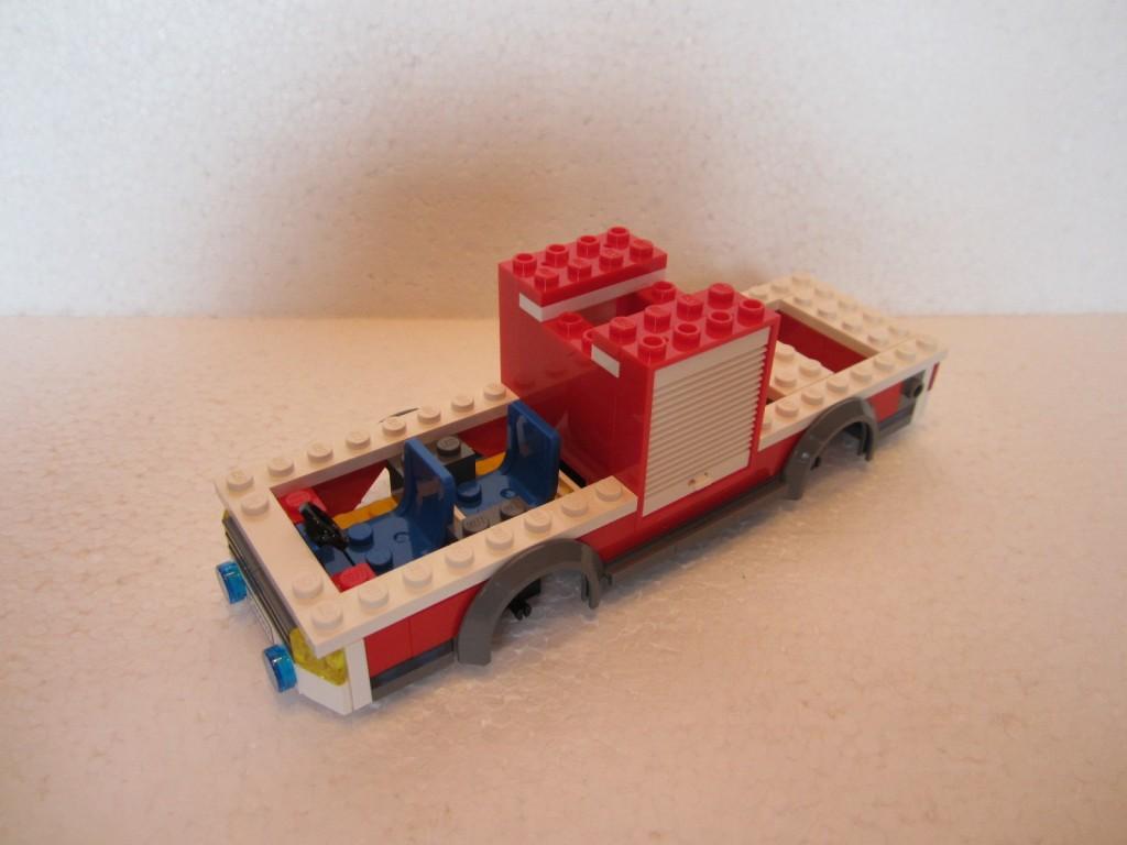 Lego city 60002 p8