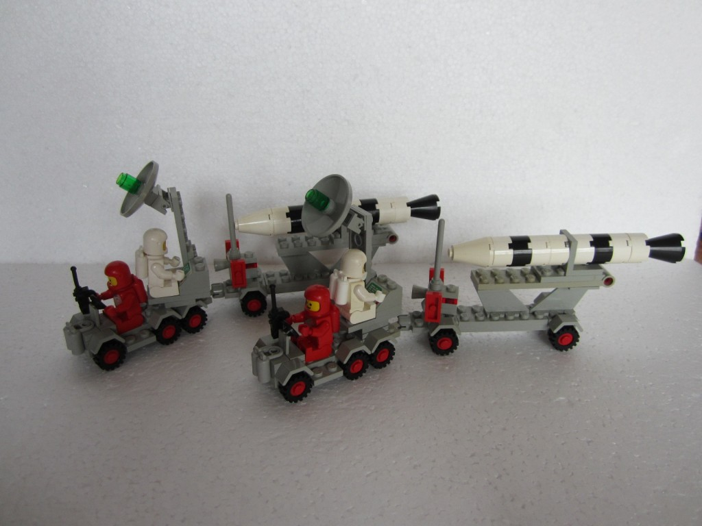 Lego space 897 p13