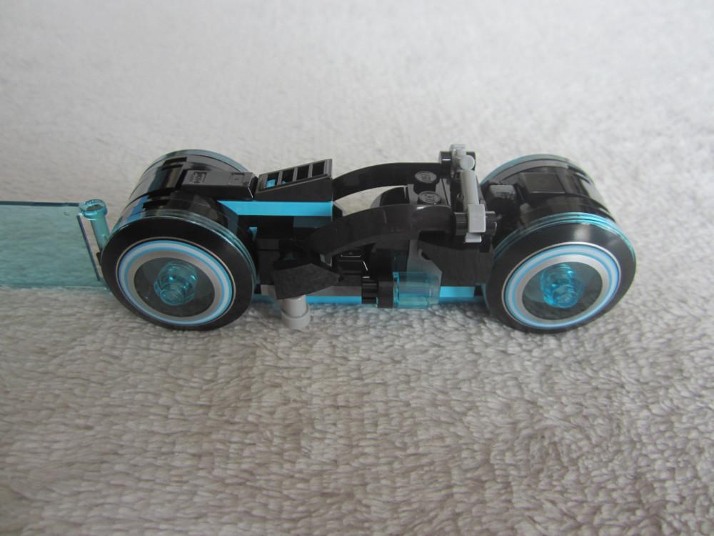 La moto bleue
