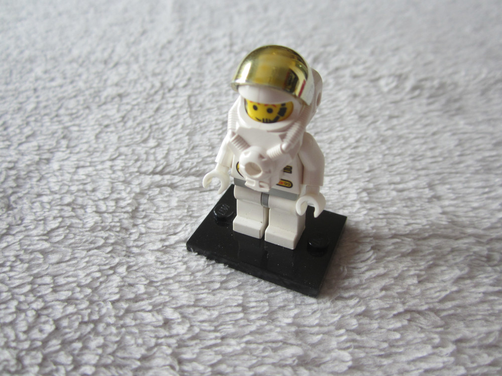 figurines lego city space