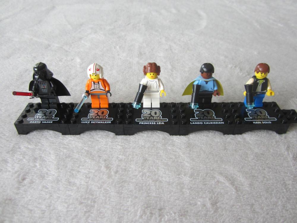 Les cinqs figurines Lego Star Wars pour fêter les 20 ans de la gamme.